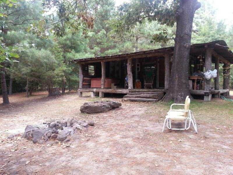 Labor day weekend at bluegill lakes cabins bluegill for Fishing cabins in texas