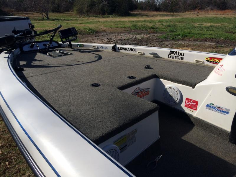 Nice clean bass boat for sale price reduced trading for Texas fishing forum boats for sale