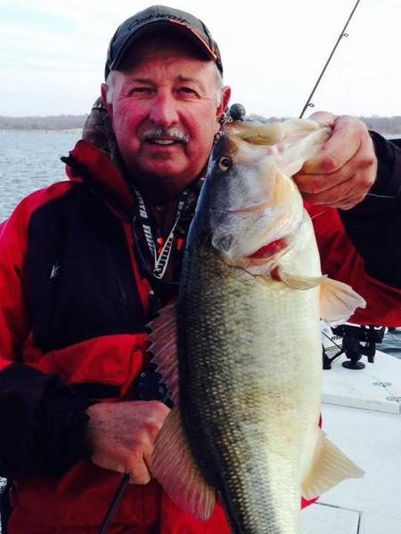 Magnum yellow and whites biting on fork whites hybrids for Best fishing times texas