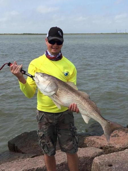 Caught my first red on texas city dike this morning for Texas city dike fishing