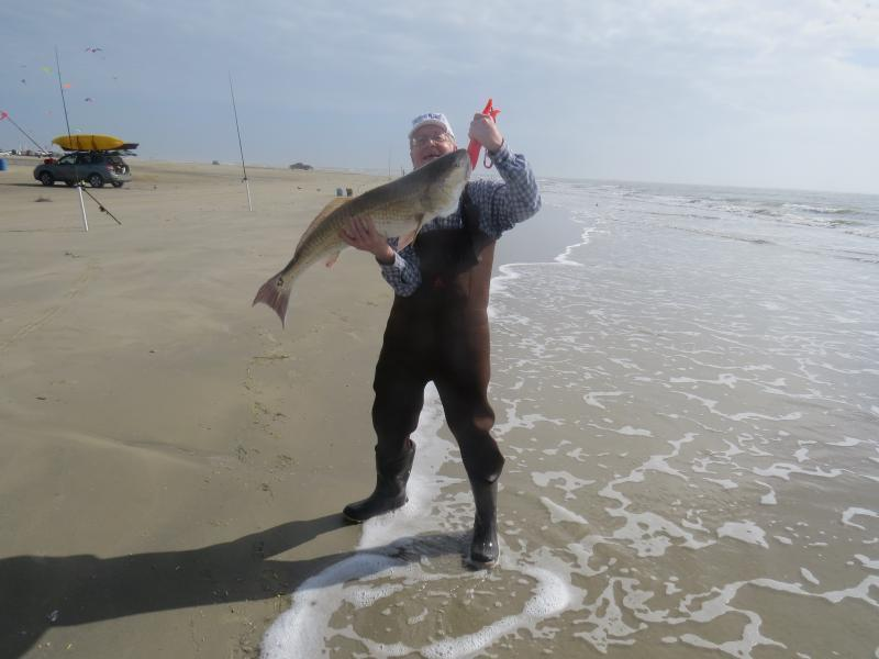 Galveston kayak and surf fishing video bull reds and slot for Texas fishing laws