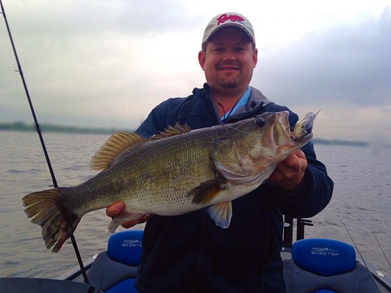 4 19 lake fork update with double digit pics bass for Lake fork fishing guides