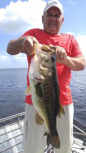 Fishing guides near disney world help bass fishing for Bass fishing disney world
