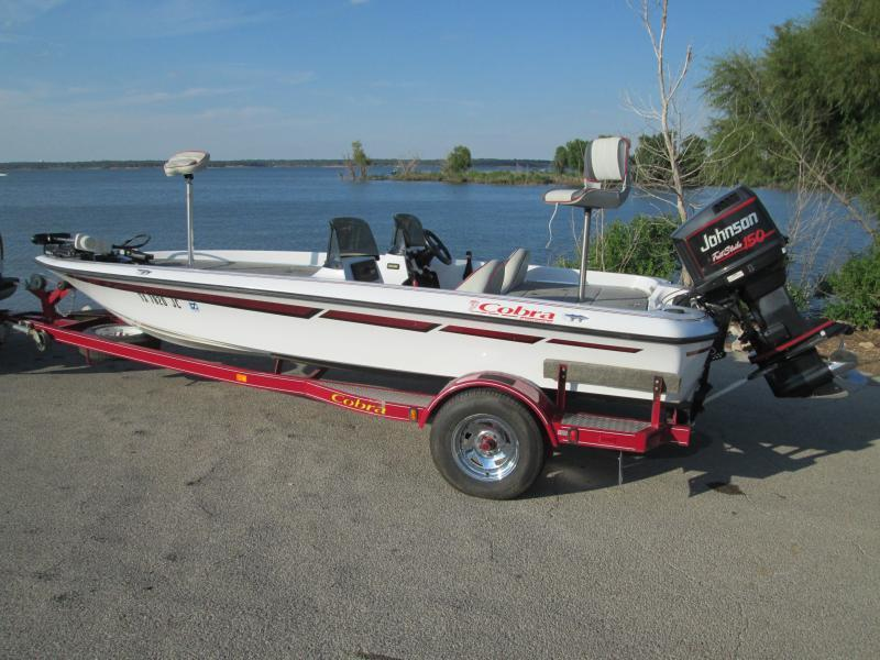 Viper cobra bass boat 18ft boats motors texas for Fishing boats for sale craigslist
