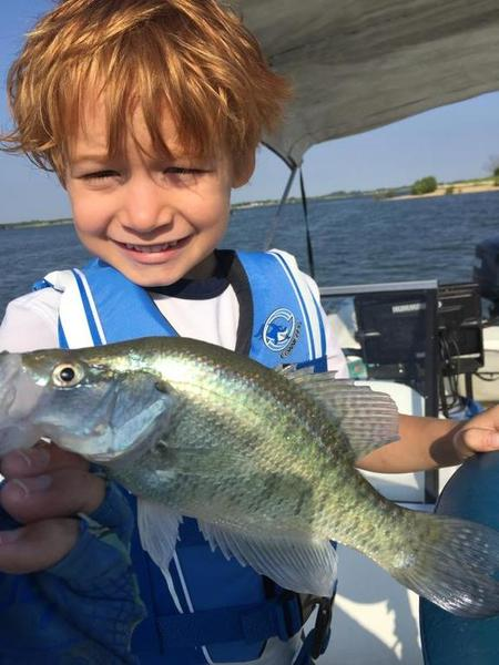 Grandson 39 s first crappie crappie fishing texas fishing for Best crappie fishing times