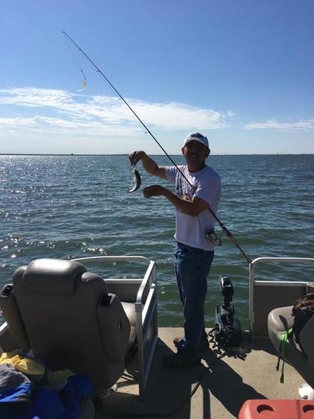 Lake lewisville report monday 10 24 almost a good boat for Lake lewisville fishing guide