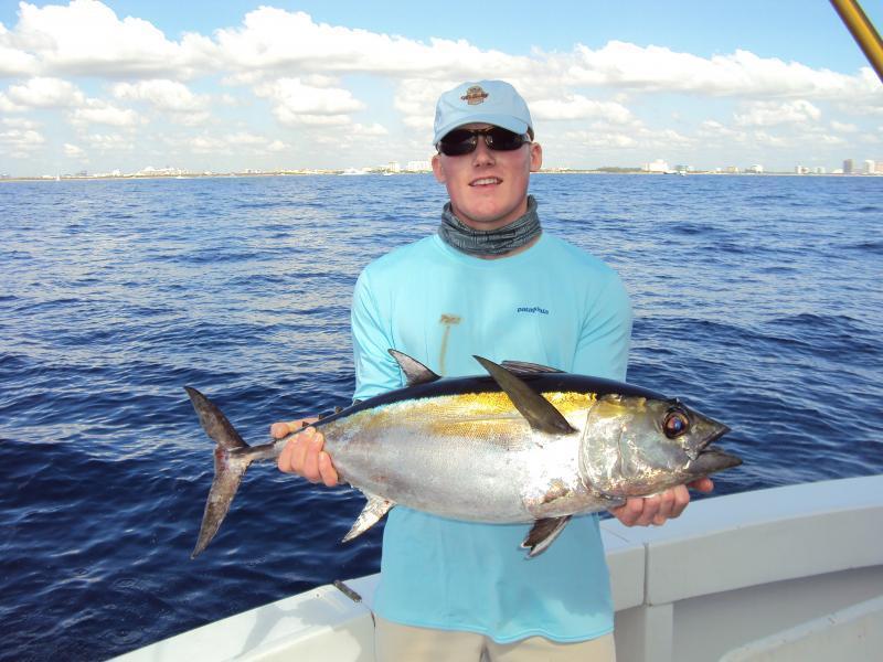 Charter Fishing Top Shot Sportfishing Happy Day Today Tuna
