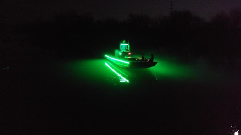 Night fishing for crappie on grapevine crappie fishing for Crappie lights for night fishing