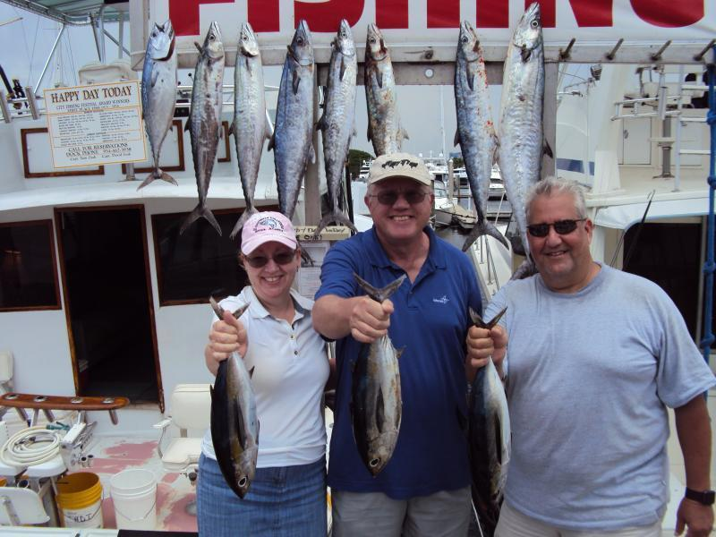 Deep sea fishing charters topshotfishing happy day today for Texas saltwater fishing report