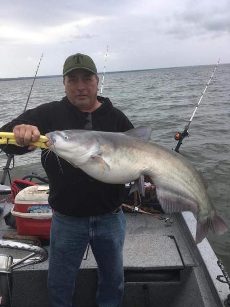 Cooper report catfishing texas fishing forum for Texas fishing reports