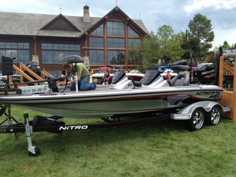 Bass Pro Shop Buys Ranger Triton Stratos Texas Fishing Forum