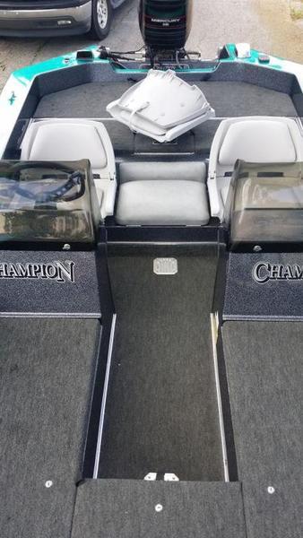 bass boat seats - Texas Fishing Forum