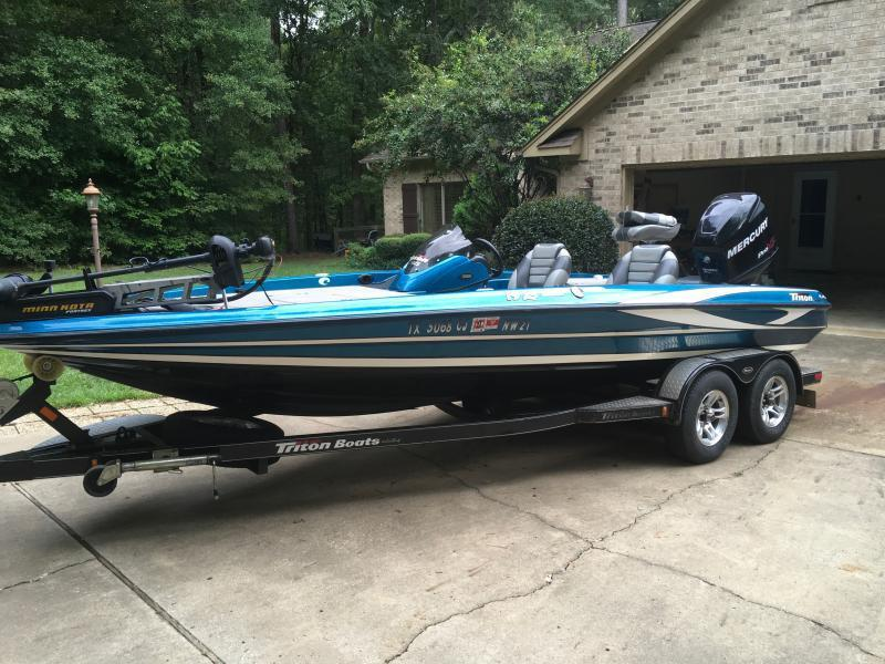 2010 Triton 19xs W 2010 Mercury 225 Pro Xs Texas Fishing