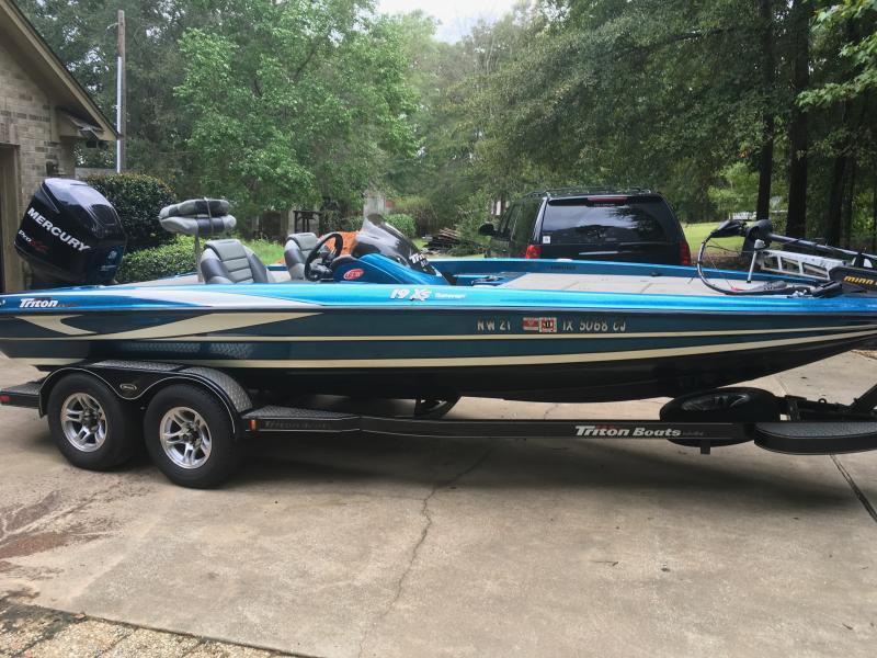 2010 Triton 19xs W 2010 Mercury 225 Pro Xs Texas Fishing